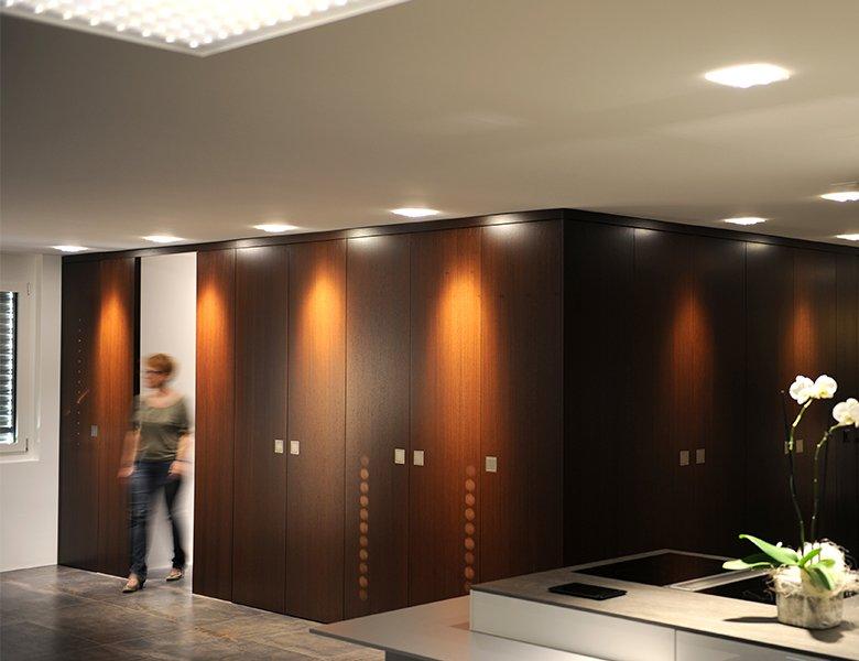Familie Scherzinger auf der Suche nach einem individuellem Beleuchtungskonzept